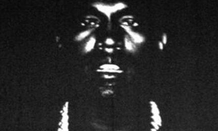 """5 år gamle Leland rapper """"New Slaves"""" i sin helhet"""
