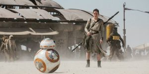 Daisy Ridley i Star Wars - The Force Awakens (filmweb.no)